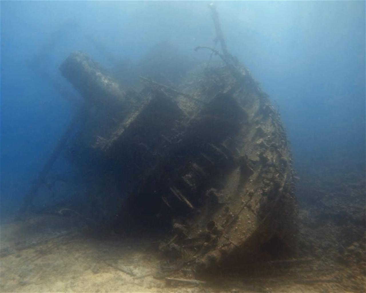 Giannis D, wreck