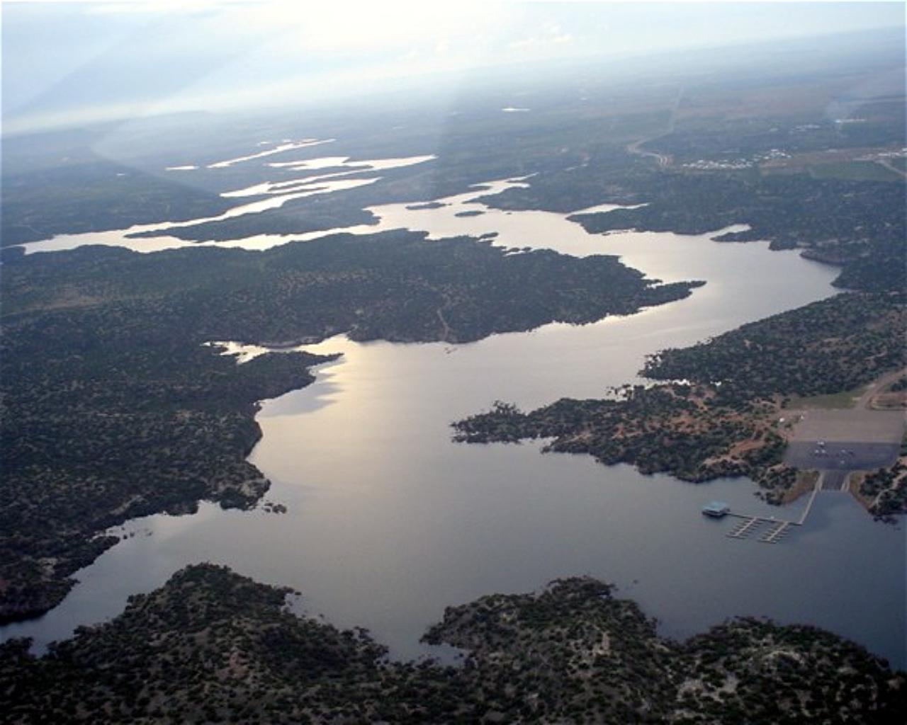 Lake Alan Henry